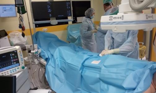 В центре Алмазова начали лечить сердце через почечные артерии