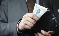 Петербургским врачам пообещали зарплату в 72,3 тысячи рублей