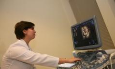 Россиянки перед абортом будут слушать биение сердца эмбриона
