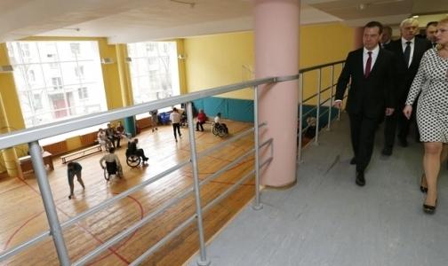 Дмитрию Медведеву пожаловались на короткие сроки для реабилитации инвалидов