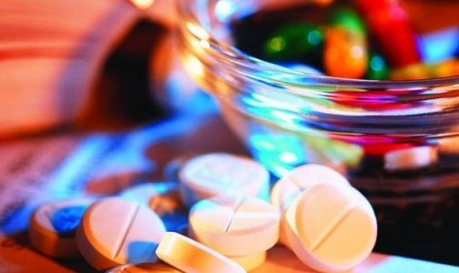 Как в Петербурге получить матпомощь на покупку лекарств и медизделий