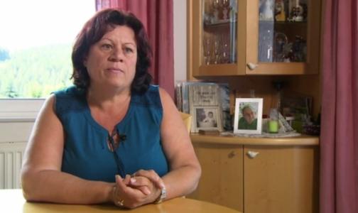 Жительница Австрии обнаружила фото умершего мужа на пачках сигарет