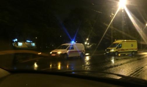 В Петербурге пешеход погиб под колесами «Скорой»