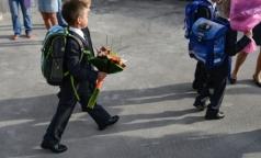 Роскачество: Больше половины школьных брюк небезопасны для здоровья