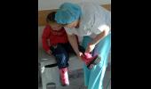 Из больницы выписали последнего маленького пациента с сибирской язвой: Фоторепортаж