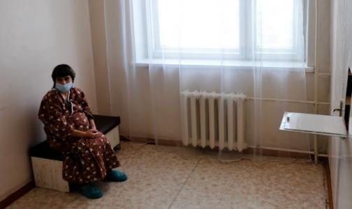 В больнице Боткина — аншлаг: в родильном отделении не хватает мест