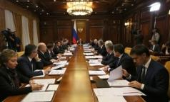 Медведев назвал два приоритета в информатизации здравоохранения