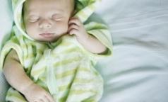 С наступлением осени в Петербурге уменьшилось число родов