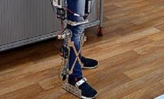 Школьник создал роботизированную ногу из конструктора
