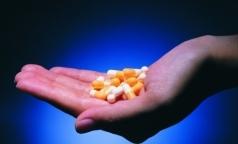 За год 360 петербургских детей отравились лекарствами