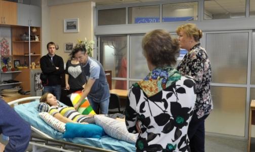 Как в Петербурге помогают пациентам с «болезнью Стивена Хокинга»