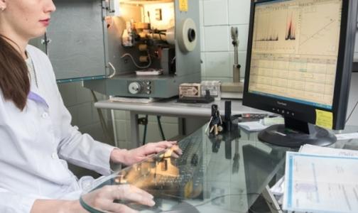 Российские ученые узнали, о чем говорит концентрация олова или свинца в волосах