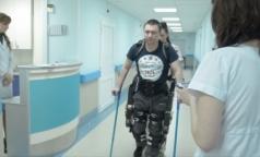 Пациенты Александровской больницы облачатся в экзоскелет