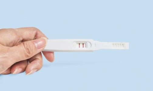 В Петербурге 170 несовершеннолетних сделали аборт, 177 — родили