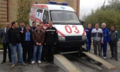 Водители «Скорой» сделали из машины памятник
