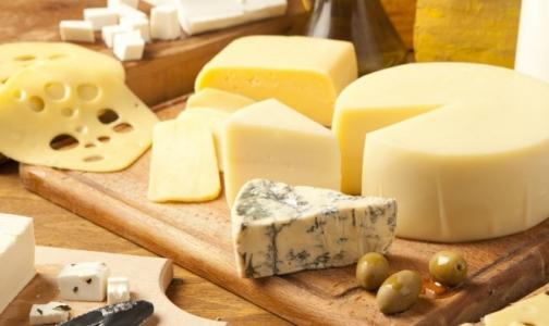 В петербургских магазинах нашли фальшивый сыр