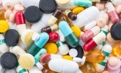 Закупкой лекарств для больниц Петербурга займется комздрав