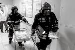 Все в дыму: На учениях в 10-м роддоме спасатели выносили новорожденных первыми: Фоторепортаж