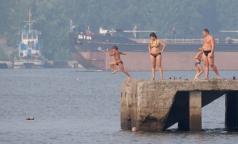 Роспотребнадзор обновил список разрешенных для купания мест в Ленобласти