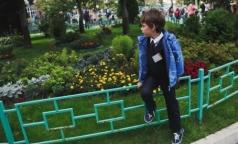 Роскачество: 60% школьных брюк изготовлены с нарушениями