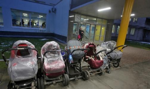 В Петербурге создается центр восстановительного лечения недоношенных детей