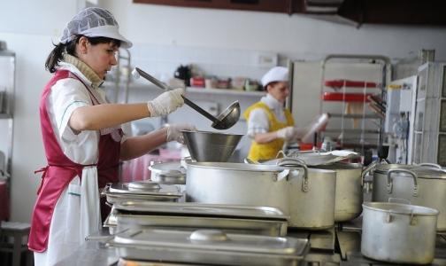 В школах Красносельского района детей кормили поддельными продуктами