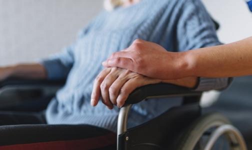 Прокурор Петербурга запретил экономить на паллиативных пациентах