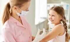 Петербургские вирусологи призывают защищать детей от гриппа живой вакциной