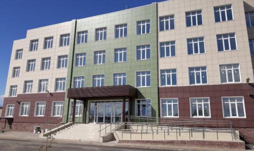 В Гатчине построили новую поликлинику