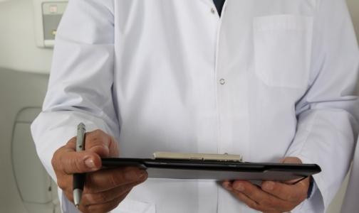 Ученые рассказали, чем могут быть опасны для пациентов медицинские халаты