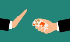 Пассивное курение может сломать детские кости