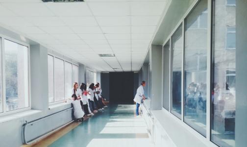 В этом году в Петербурге откроют 8 центров амбулаторной онкологии