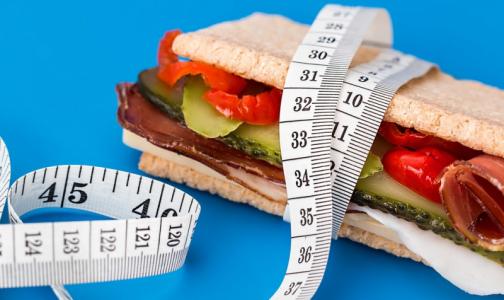 Отказ от 300 калорий в день улучшит здоровье даже худым