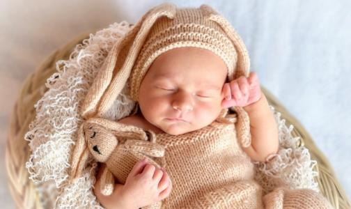 Росстандарт отменил ГОСТ для фотосессий с новорожденными — из-за пункта о ВИЧ