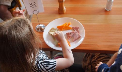 Прокуроры оценят питание школьников по всей стране