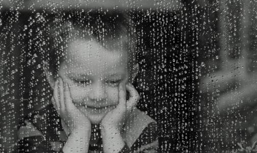 Леонид Рошаль: Выпадение детей из окон стало национальной бедой