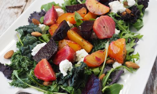 Ученые назвали продукты, помогающие избавиться от проблем с кишечником и жиром на животе