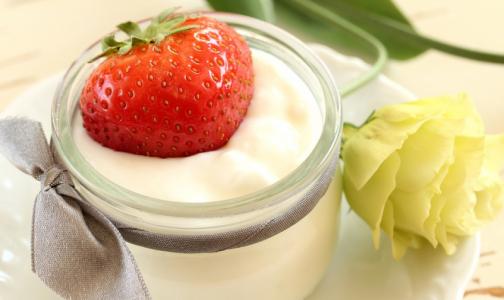 Вместе с полезными бактериями и витаминами в йогуртах нашли кишечную палочку и следы хлоргексидина