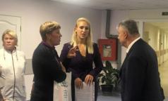 Как в петербургском онкодиспансере встречали профсоюзного лидера, прилетевшего из Москвы бороться за зарплаты санитарок