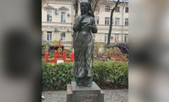 В Петербурге появился первый памятник сестре милосердия