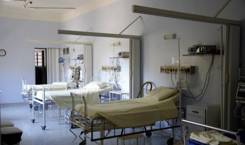 Росстат: санитары массово увольняются из государственных медучреждений