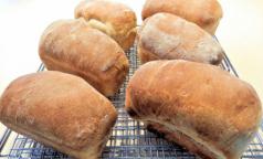 «Общественный контроль» выяснил, в каком хлебе слишком много сахара