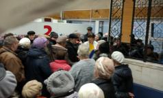 «И вечный бой»: петербуржцы с диабетом вновь штурмуют аптеки, с «добычей» уходят не все