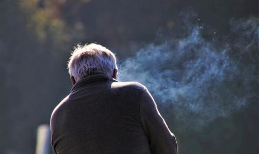 Главный нарколог Минздрава: электронные сигареты растворяют мембраны легких и мозга
