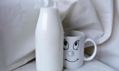 «Детокс» молоком и мандарины для бодрости. Врач дал совет, как прийти в себя после праздников