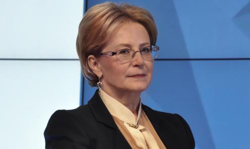 Вероника Скворцова поздравила врачей с Новым годом
