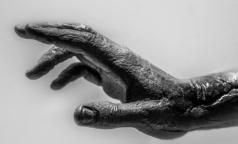 Ученые по ДНК восстановили облик и болезни женщины, жившей почти 6 тысяч лет назад