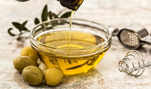 Эксперты Роскачества выяснили, в каком масле больше омега-6 и омега-3 - оливковом или подсолнечном