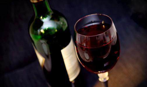 Петербургские врачи: «Тихие алкоголики» любят леденцы и часто плачут