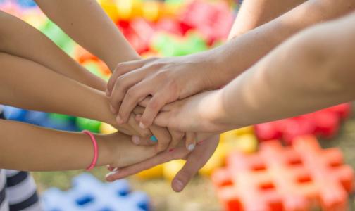 Роспотребнадзор: Подростков и детей с ВИЧ в России становится больше